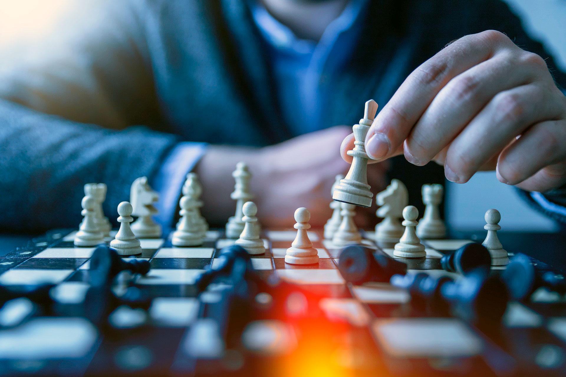 Mantén a túa mente activa! Fai a túa mellor xogada, xoga xadrez coa Escola Xadrez Pontevedra!.
